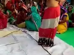 Desi bhabhi sparking nudely