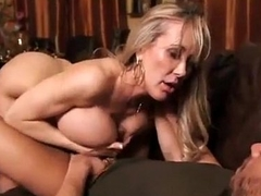 Matured Brandi Love distract her stepson